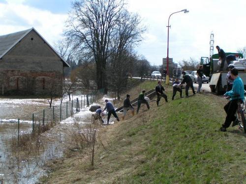 Pomoc našeho SDH při povodních ve Břehách